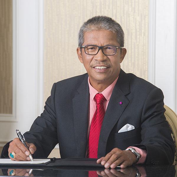 Tan Sri Datuk Wira Dr. Hj. Mohd Shukor Bin Hj. Mahfar